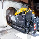 Gru cingolata - Effer 525 - Gru per passaggi ristretti in centro storico