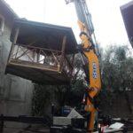 gru cingolata 525 servizio gru per posizionamento gazebo